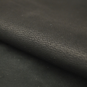 kleidingleer zwart